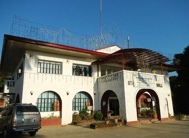 Municipal Hall in Santo Tomas La Union