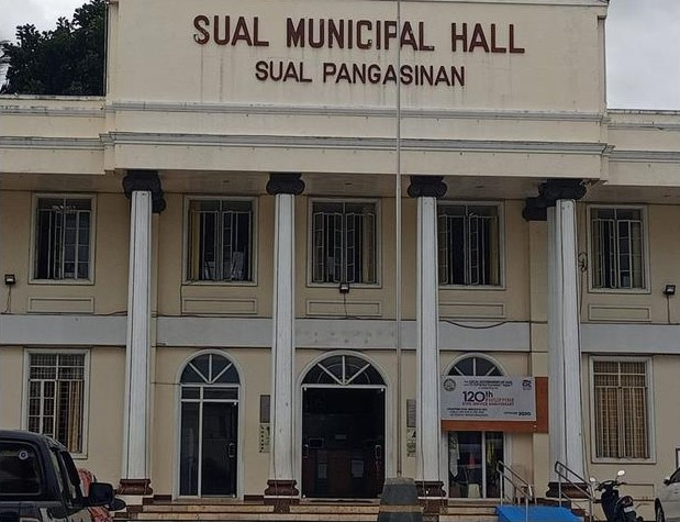 Sual Municipal Hall