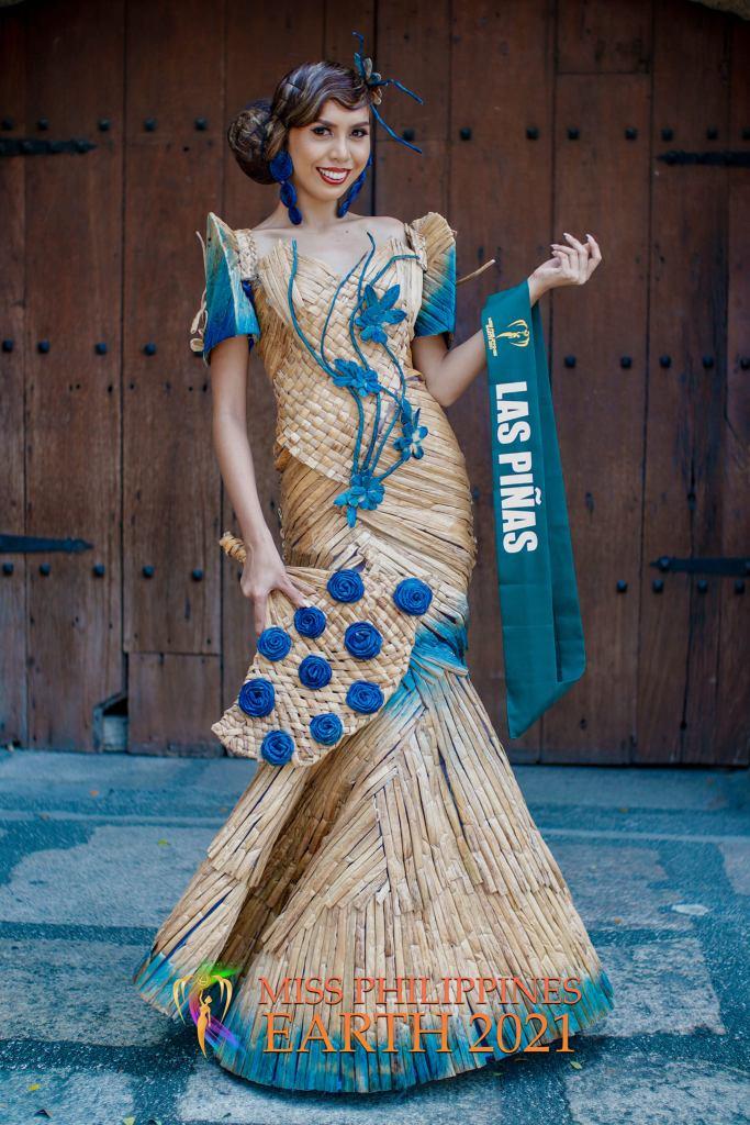 Hannah Quinalayo Costume