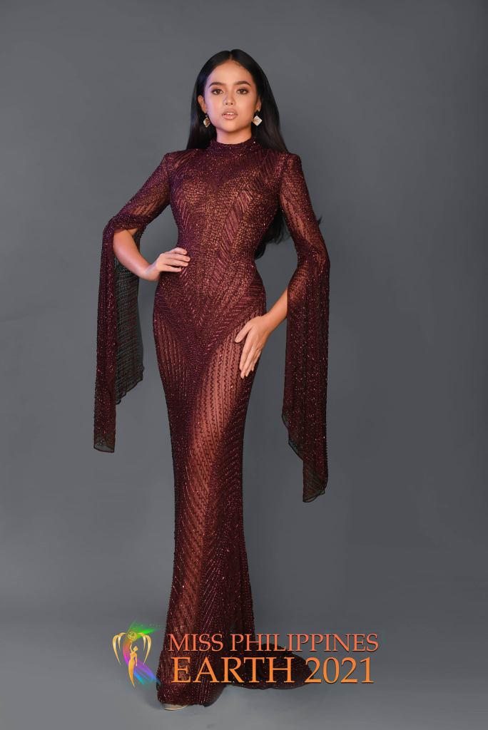 Jan Rlee De Guzman Gown