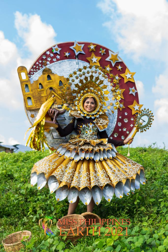 Jelina Pearl Miranda Costume