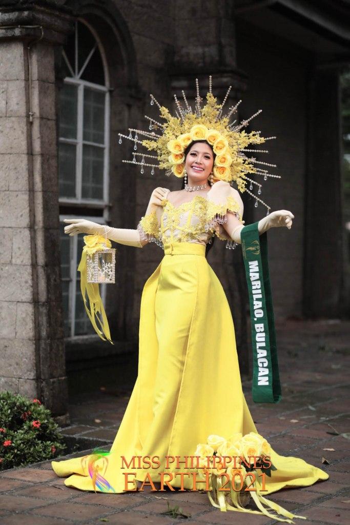 Meleah Moreno Costume