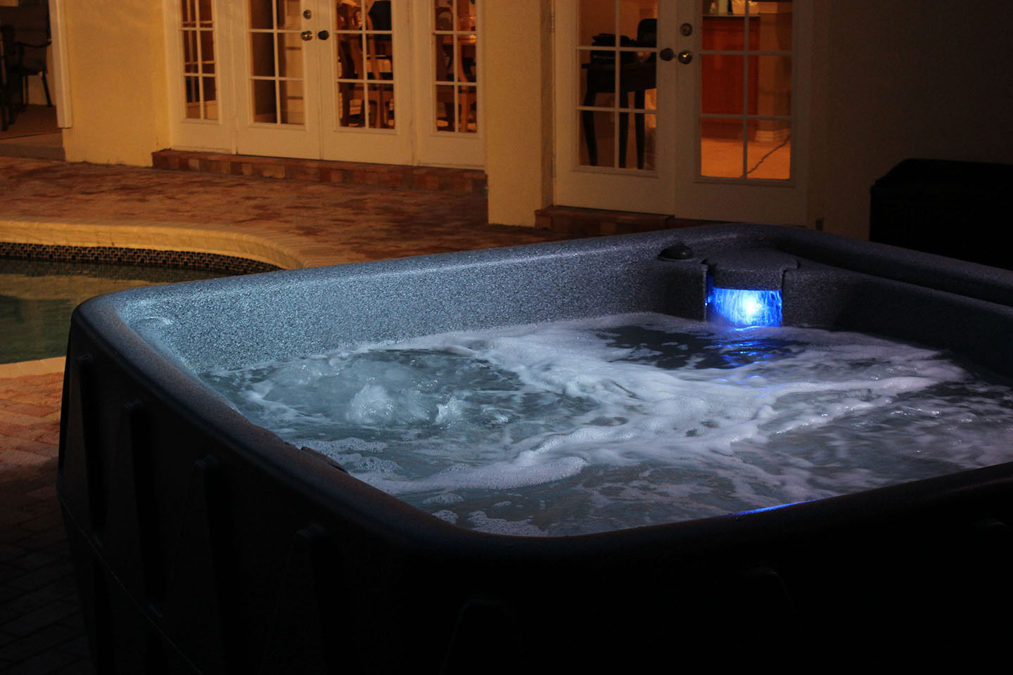 AquaRest Spa AR500 5 Person PlugNPlay Blem  Clearwater