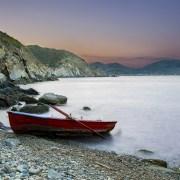 Σε μια στιγμή λύνεται η βάρκα και αρμενίζει στην απρόσμενη χαρά…
