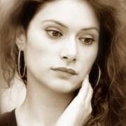 «Στιγμές…» από την τραγουδοποιό Μαρία Λούκα