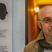 Ο καλλιτέχνης της shadow art Τριαντάφυλλος Βαΐτσης «Θυμάται…»