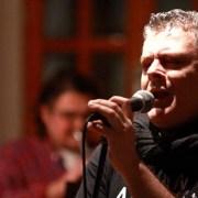 Ο πολιτισμικός ερευνητής & τραγουδιστής Αντώνης Βαρβατσούλιας «Θυμάται…»