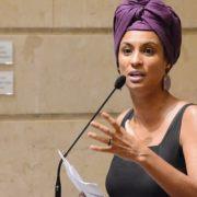 """""""Η Μάριελ δεν θα πεθάνει ποτέ"""". Δολοφονήθηκε στο Ρίο η φεμινίστρια πολιτικός Marielle Franco"""