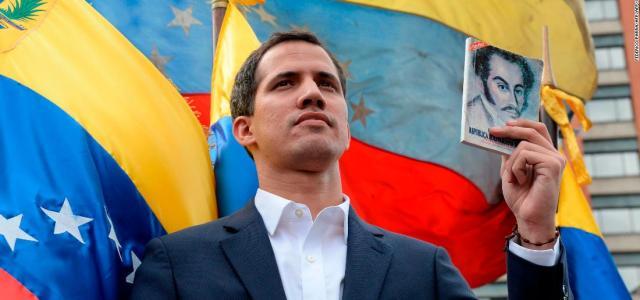 Τα βλέμματα του κόσμου στην «εύφλεκτη» Βενεζουέλα