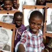 O 11χρονος από τις φτωχογειτονιές του Λάγος που σε αφήνει άφωνο με το ταλέντο του στην ζωγραφική