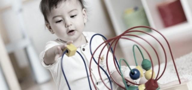 Τα μωρά που γεννιούνται με καισαρική τομή αναπτύσσονται πιο αργά κατά το πρώτο έτος από εκείνα που γεννιούνται φυσιολογικά – νέα ευρήματα