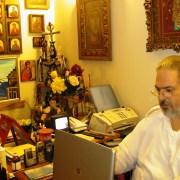 Ο oικογενειακός ιατρός,  ποιητής, Αρχιμανδρίτης Δανιήλ Σάπικας…. «Θυμάται»