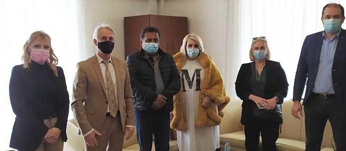 Το Bollywood «ψηφίζει» Ξάνθη ! – Επίσκεψη του Ινδού παραγωγού Ravinder Dariya στον Δήμαρχο Ξάνθης