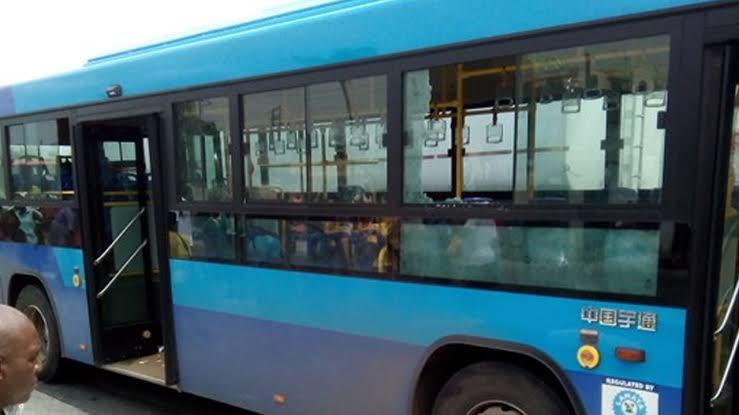 Mob-attacks-lady-for-allegedly-snatching-manhood-in-BRT