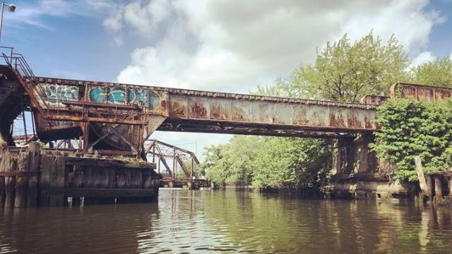 Dutch Kills off of Newtown Creek on a sampling expedition with T. Willis Elkins. #DutchKills #NewtownCreek #Queens #Brooklyn #NYC #Shantyboat