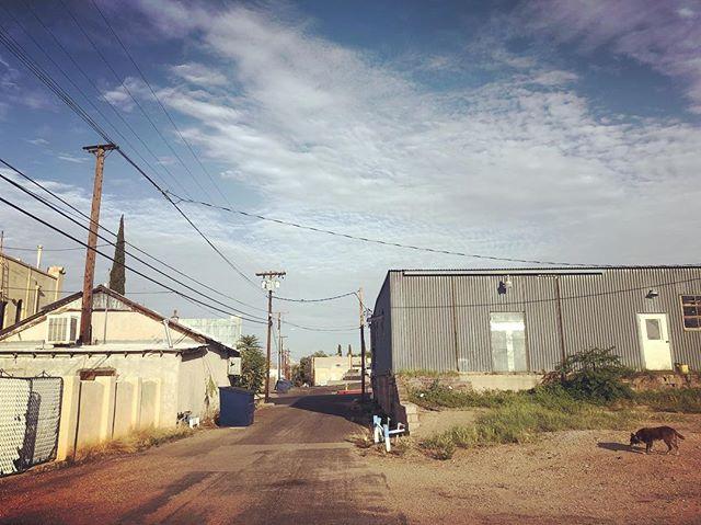 In general, I love alleys, moreso in desert towns