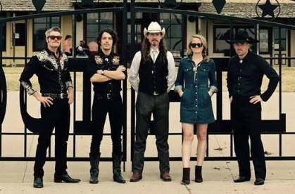 20 Minutes with Kiley Moore of Wild Earp & the Free For Alls - Contemporary Art Center of Peoria