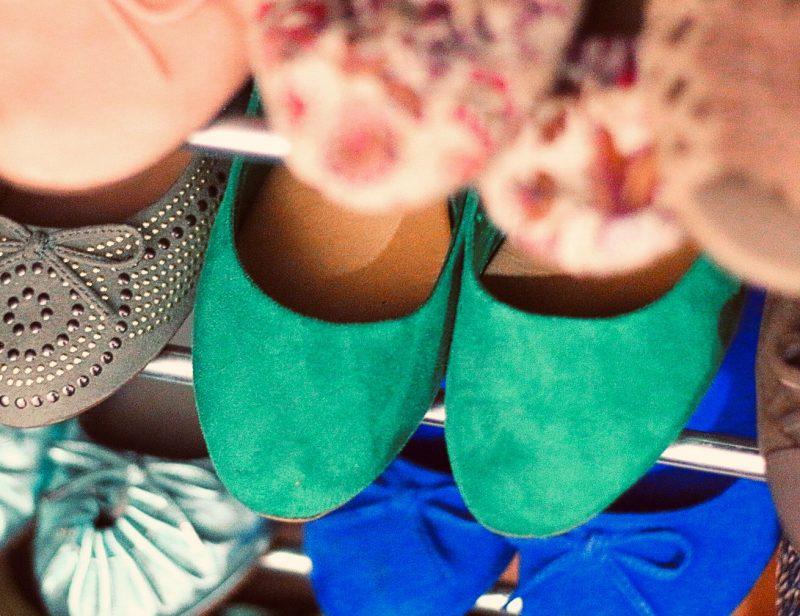 Limpiar zapatos de ante y botas de piel vuelta. Aprende a dejarlos perfectos.