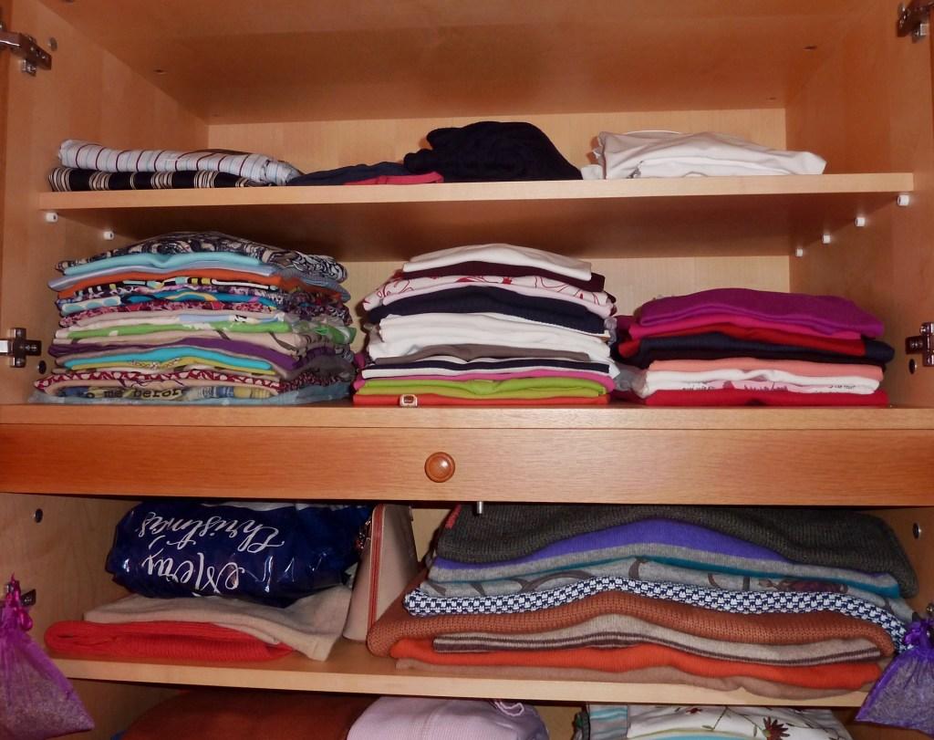 adolescentes organizados, armario juvenil organizado