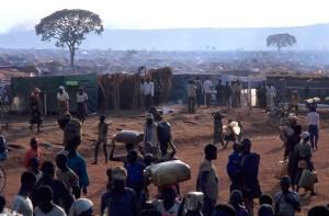 Las ciudades de los refugiados crecen a una velocidad vertiginosa en medio de ninguna parte. Foto: LUIS DAVILLA.
