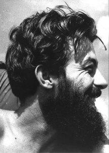 Un héroe de la Revolución masacrado por la revolución.