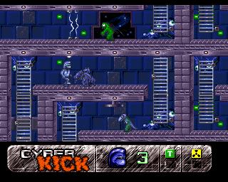 Cyber Kick Amiga  cambios alienígenas en restos de ácido