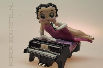Baby-grand-Betty-Betty-Boop-by-Franklin-Mint-peper-en-zoutstel