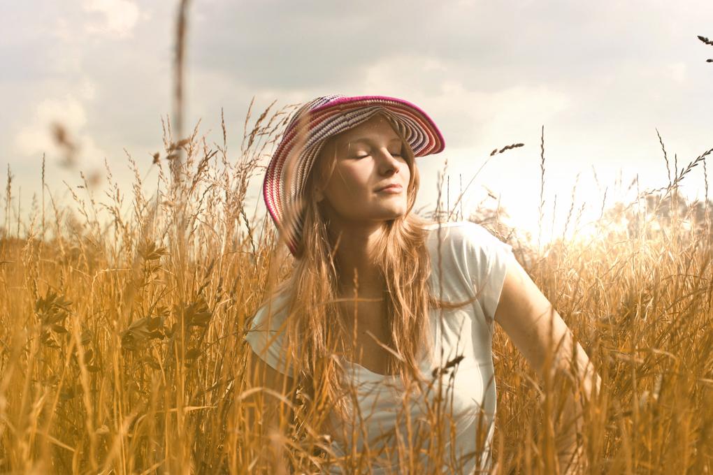 1020 - agriculture-caucasian-close-up-755023