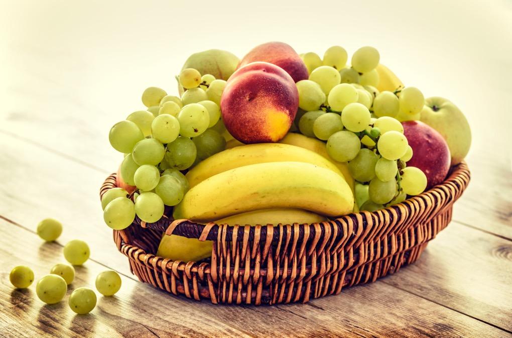 1020 - apples-bananas-bunch-235294