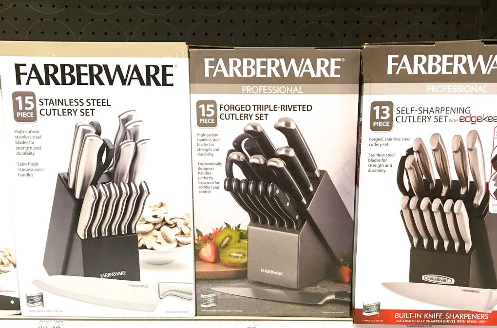 Photo of knife sets in boxes
