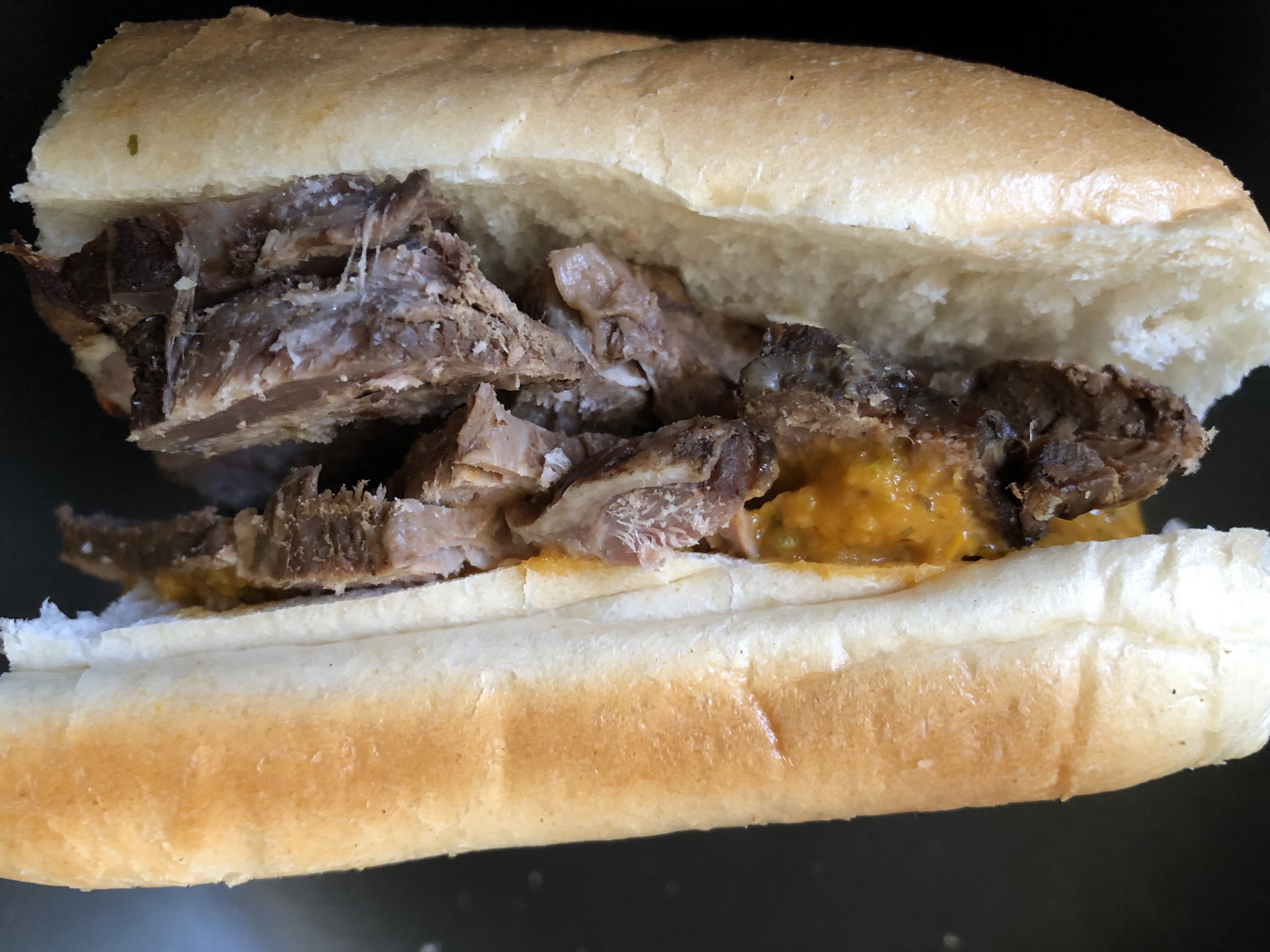 Roast beef sandwich with yellow pepper/cilantro salsa