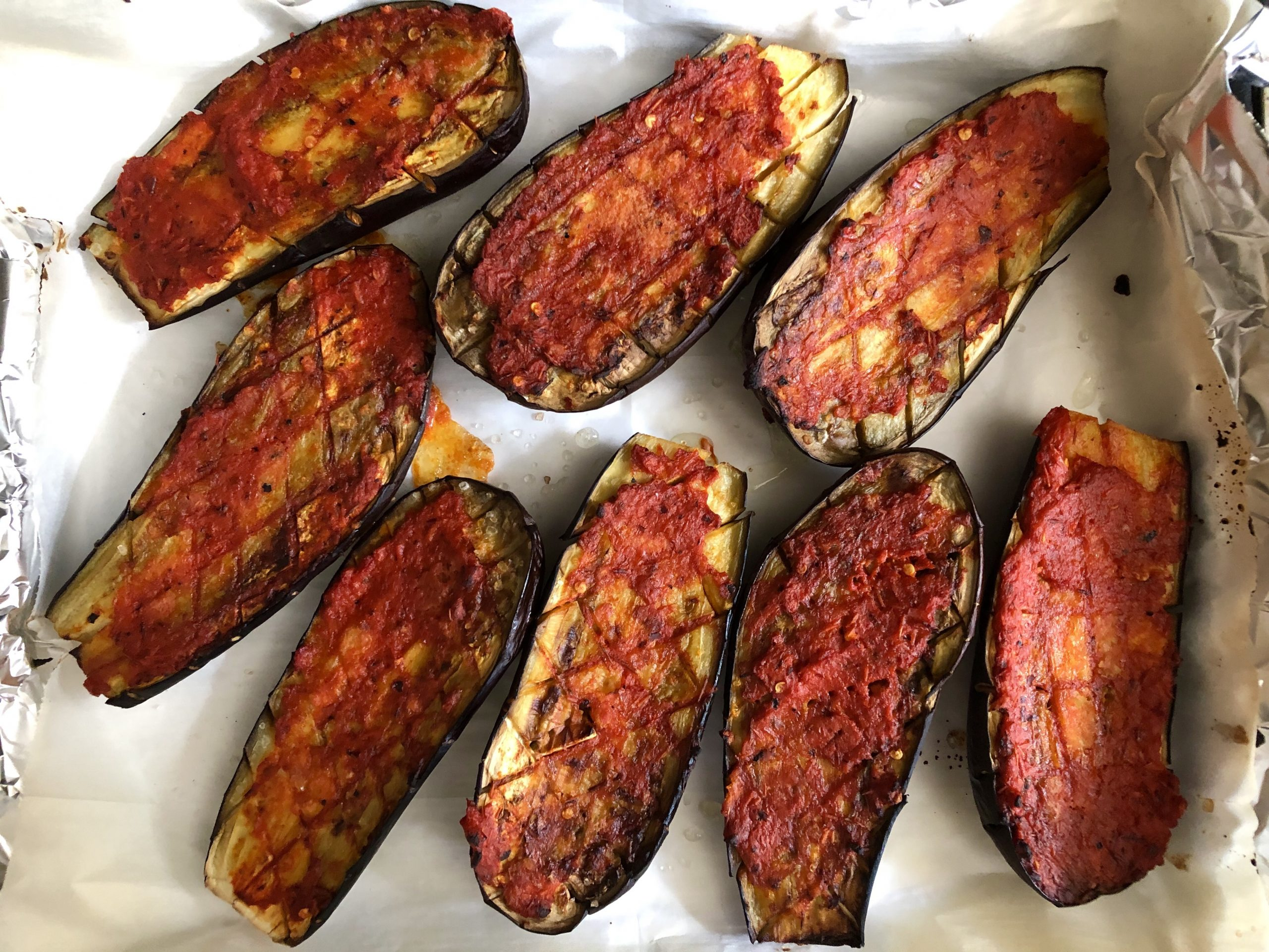 Roasted eggplants with red-pepper glaze