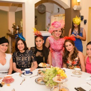 Todas disfrutando de la fiesta- Hat Party