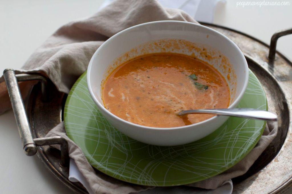 sopa de tomate, sopa vegana, sopa cremosa