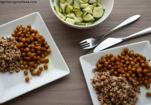 Grao de bico ao curry, salada de pepino indiana, salada com iogurte, grao de bico para o almoco