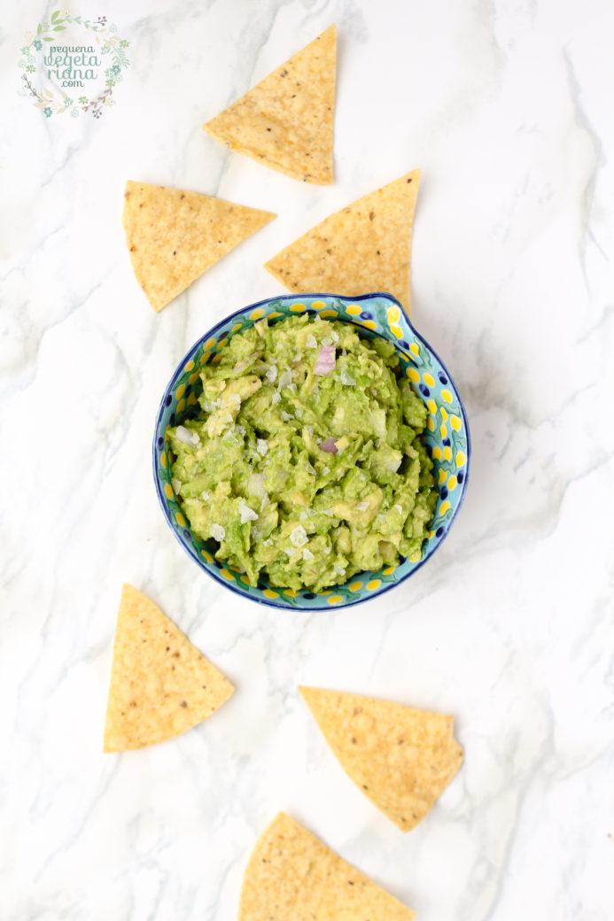Receita de guacamole, o que é guacamole, guacamole para todos os dias, como fazer guacamole, guacamole simples, pequena vegetariana