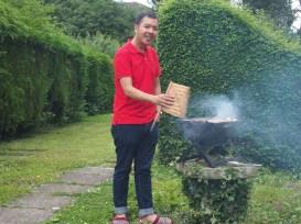Tukang bakar professional