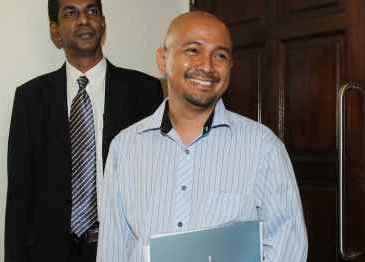 Editor Malay Mail didakwa hantar komen palsu guna internet