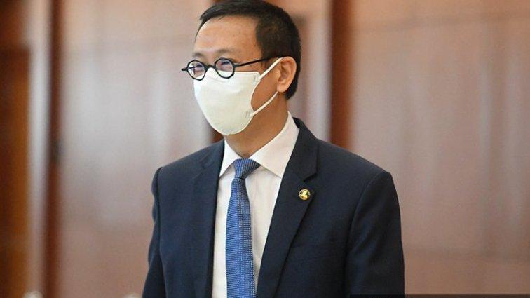 Undur Atau Pecat 2 Menteri Kanan Untuk Tamat Krisis Darurat, Wong Chen Beritahu PM