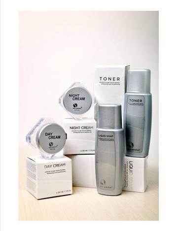 Perawatan kulit wajah whitening treatment package large SKIN SOLUTION