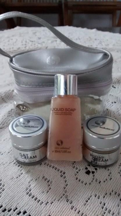 Perawatan Kulit Wajah Whitening Treatment Package Small Skin Solution