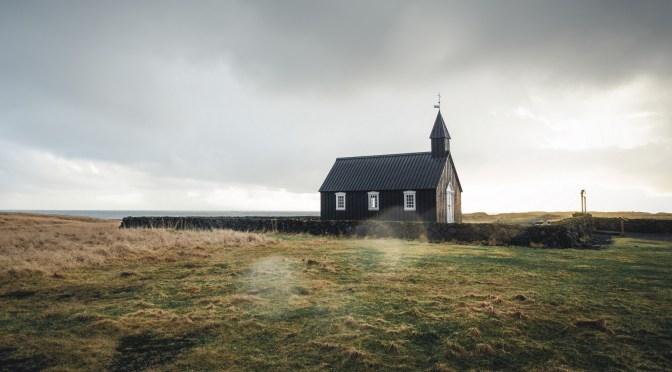 Dansk præst advarer om covid-19-vacciner