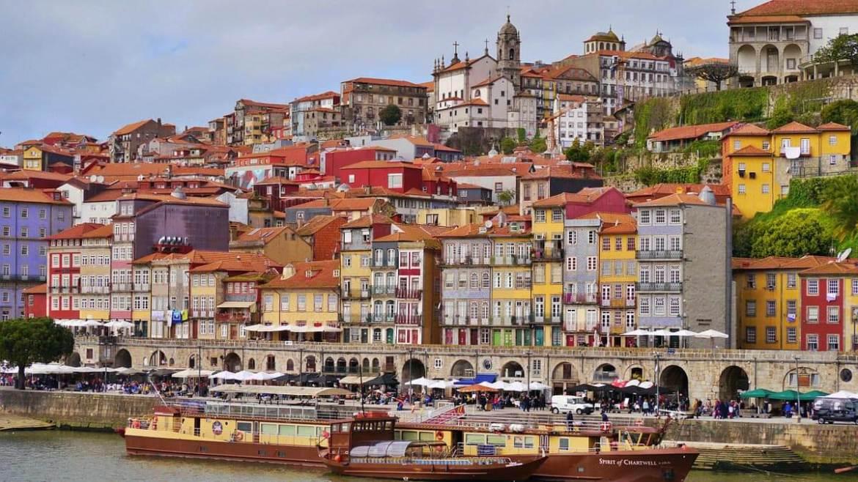 O que fazer no Cais da Ribeira do Porto em Portugal - Perca-se Descubra-se