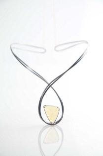 Mario Nokaj - Infinity ogrlica (srebro, australski opal), foto: Mario Majcan