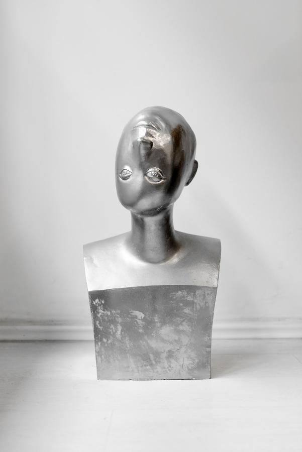 Jelena Azinović - Autoportret