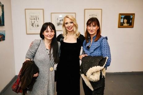Umjetnica Nina Iris Bešlić i ravnateljica KNAP-a Anja Planinčić, foto: Marko Polonio