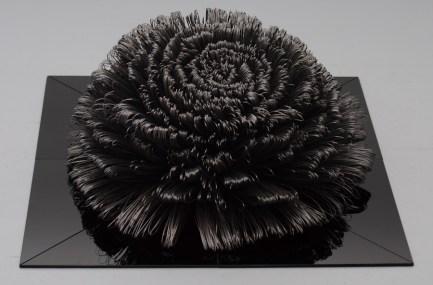 Ikebana; čelik, staklo; 100x100x50cm