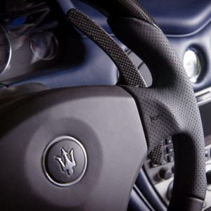 Перетяжка руля Maserati