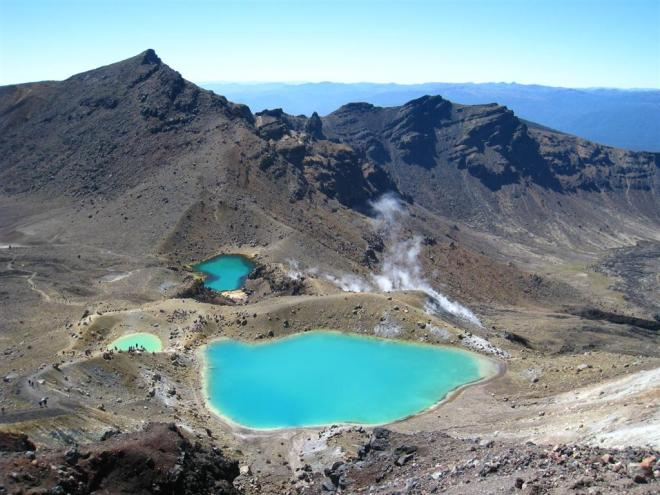 J-124-NZ---Mont-Tongariro---lac-bleu-7311--Large-