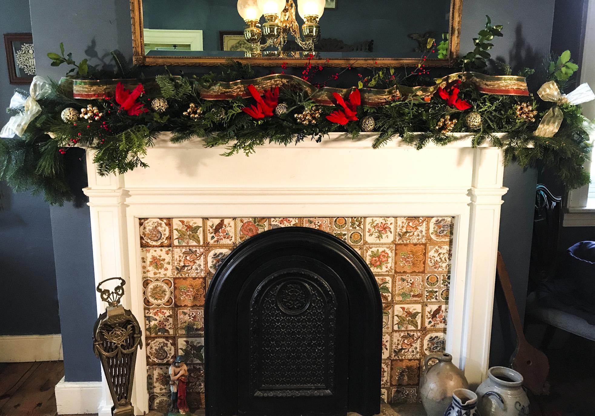 Christmas Garland Mantel Fireplace Perfect Christmas Tree Farm